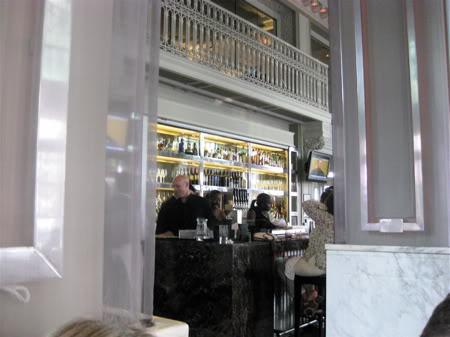 Livingston bar