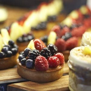 Fresh-Fruit-Tart-Sweet-Dough-Almond-Cream-photosize-1