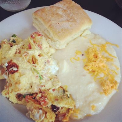 Veggie scrambler and grits - with the signature square biscuit - at Mama's Boy.