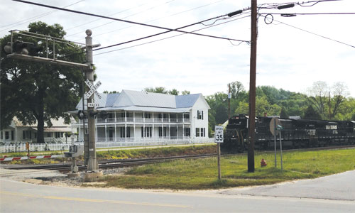 The Willett Hotel, one of 33 parcels for sale in downtown Toomsboro