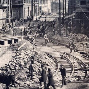 Streetcar construction on Edgewood Avenue, 1892