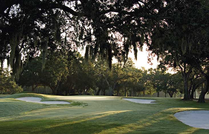 Fairhope, Alabama offers golf, galleries, and grub