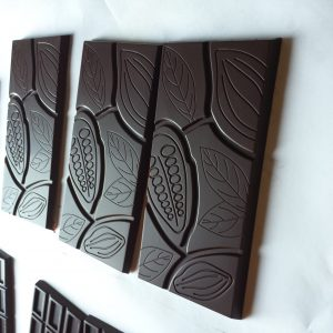 65% cacao coconut milk chocolate bars