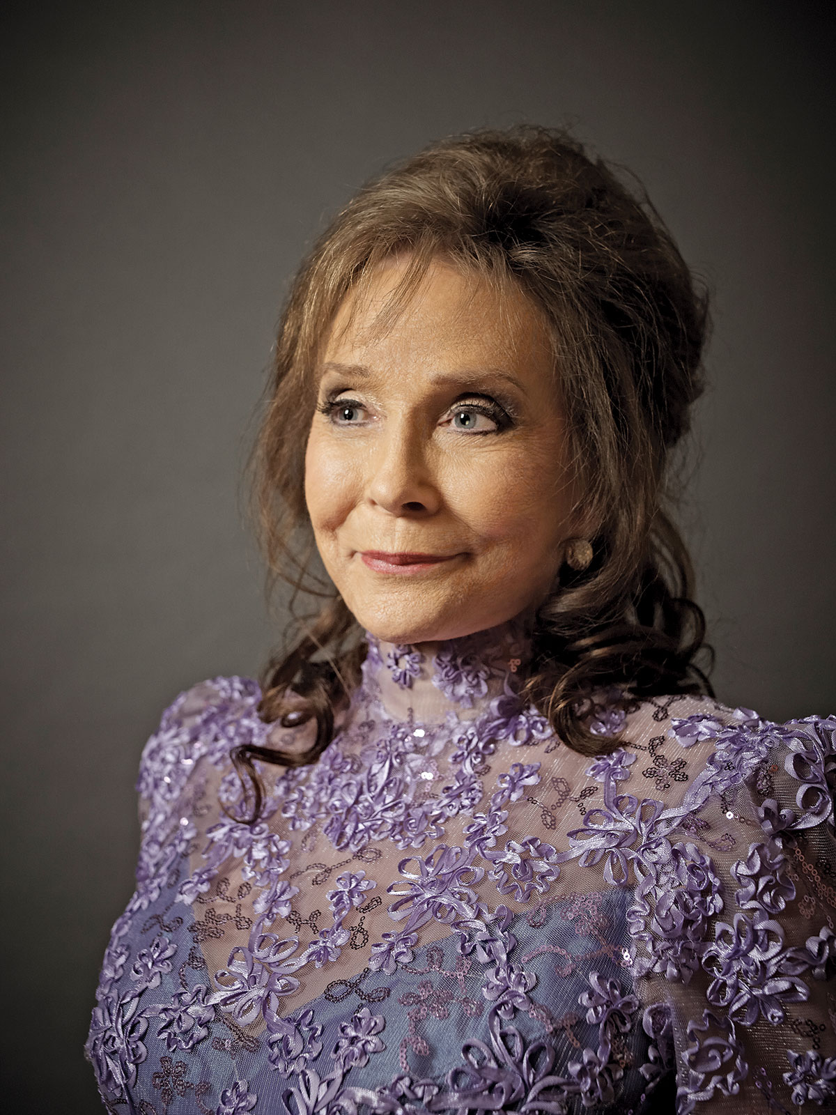Loretta Lynn earned a  million dollar salary - leaving the net worth at 60 million in 2018