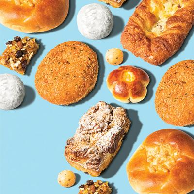 Some Korean bakeries, like White Windmill, offer free samples for customers to try.