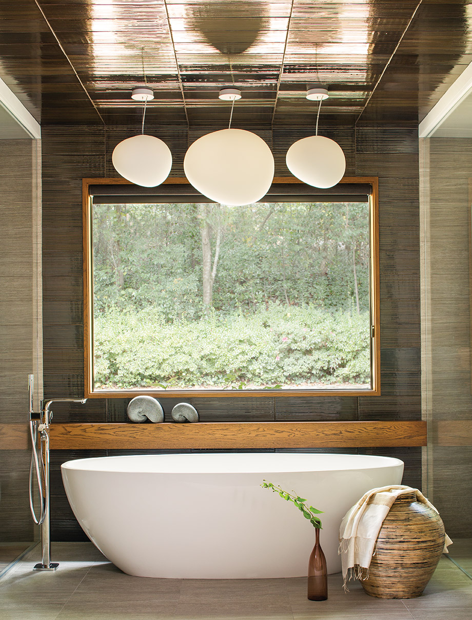 Yin & Yang: This Chastain Park home\'s master bath has just the right ...