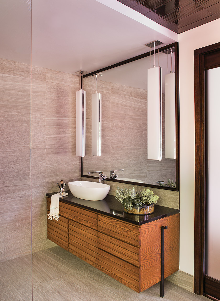 Yin Amp Yang This Chastain Park Home S Master Bath Has Just