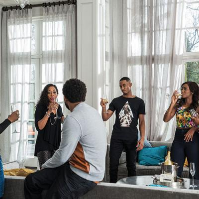 Erica Ash, Tichina Arnold, Mike Epps, Jessie Usher, Teyonah Parris, and RonReaco Lee on the set of Starz's Survivor's Remorse