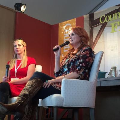 Rachel Hardage Barrett, left, with Ree Drummond