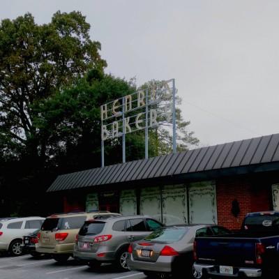 Henri's Bakery & Café in Buckhead