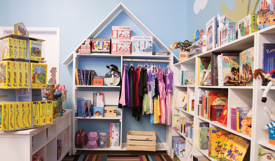 Things to do with kids in Atlanta toy stores