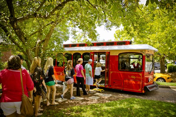1 Historic Trolley Tours-600