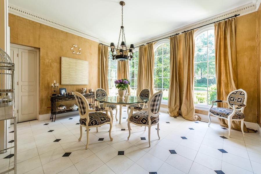 House envy atlanta power couple selling european style for European homes and style magazine