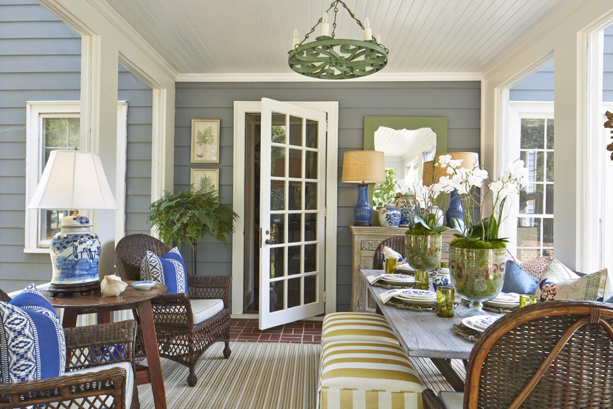 atl_mag_magnolia_porch