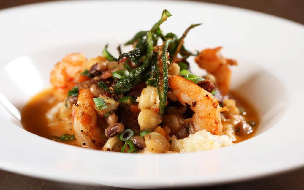 Southern Art's shrimp and grits