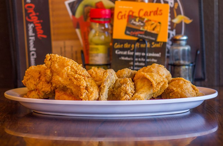 Eat This: Busy Bee Cafe's fried chicken