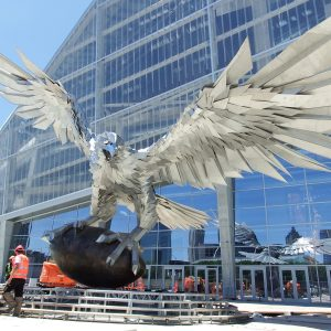 Football archives atlanta magazine for Mercedes benz stadium falcon statue
