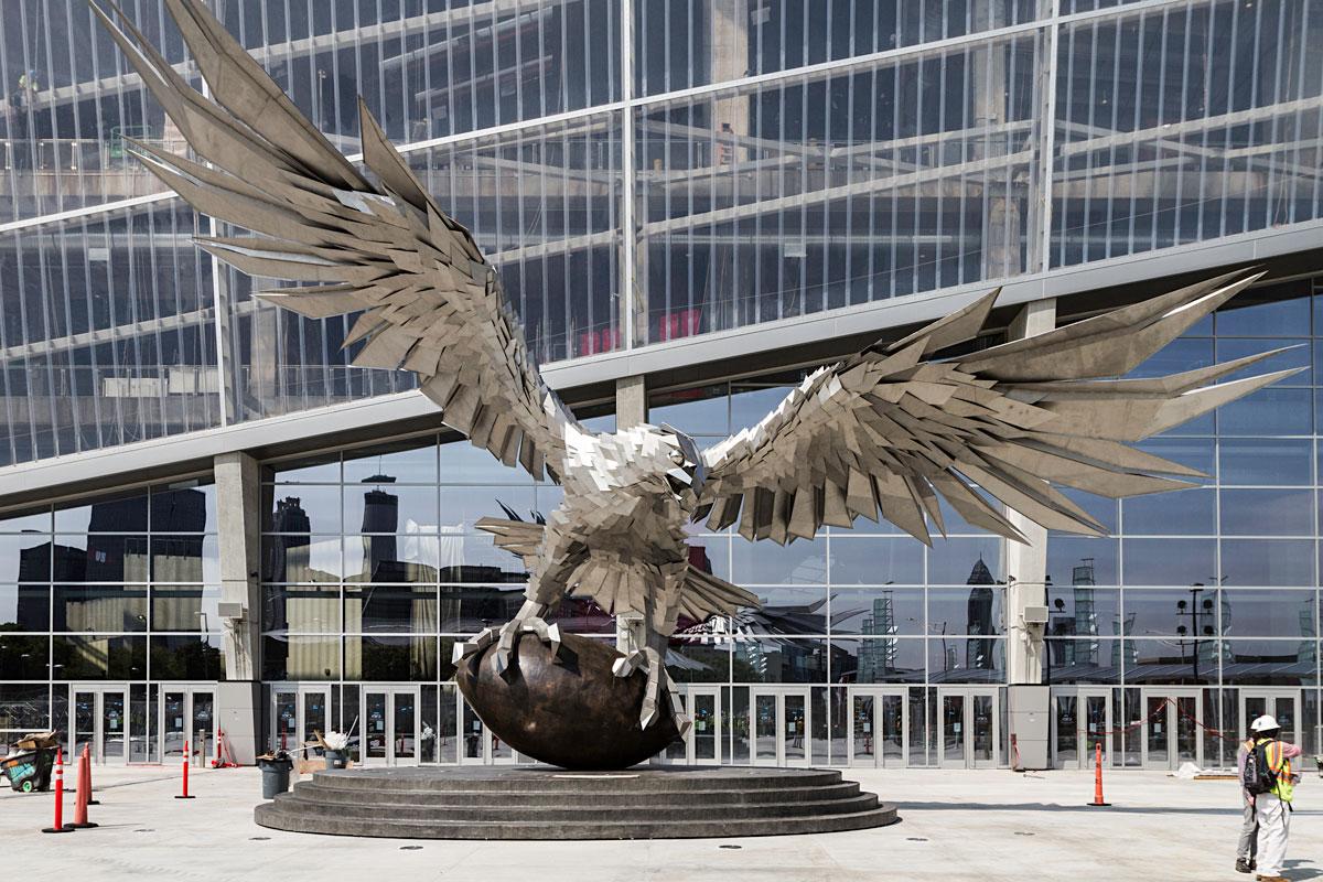 A first look at mercedes benz stadium 39 s art collection for Mercedes benz stadium falcon statue