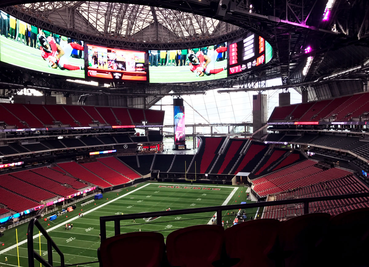 Days away from opening here 39 s what mercedes benz stadium for Capacity of mercedes benz stadium