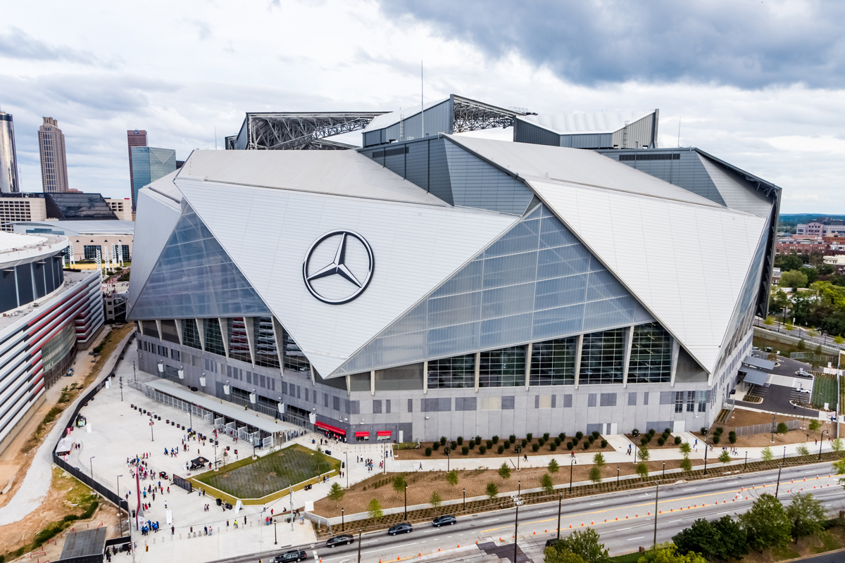 It 39 s official no other sports facility in the world is as for Mercedes benz dome