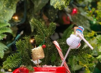 S.O.S. Tiki Bar Christmas