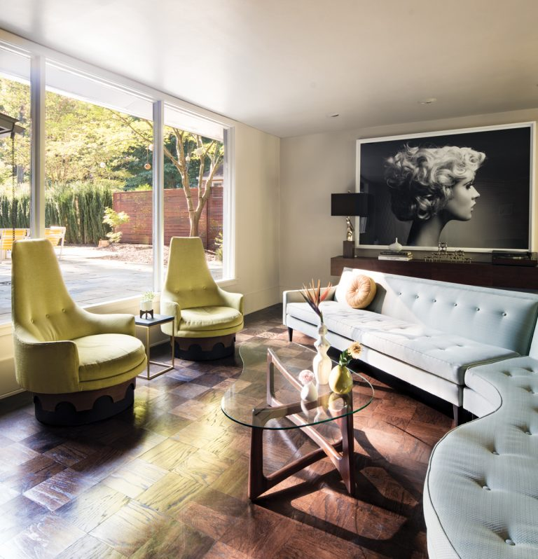 A fashion industry couple gave their midcentury Decatur cottage a glamorous touch