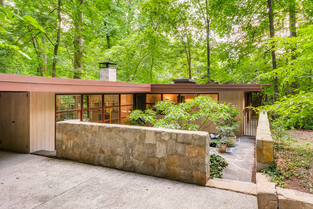 Midcenturymodern houses are in demand in Atlantaand at a higher