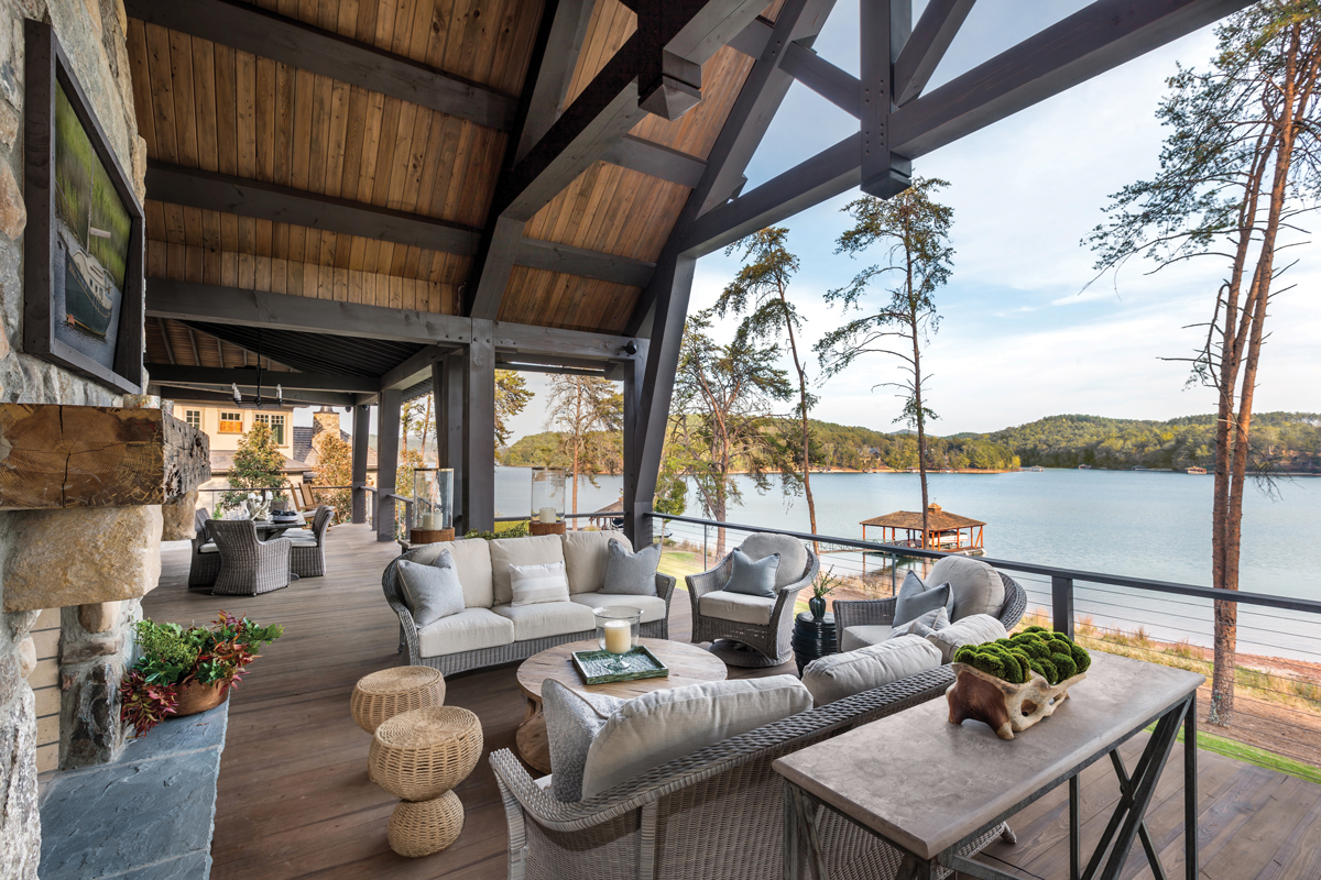 Summer Escape: Inside three beautiful Southern lake houses