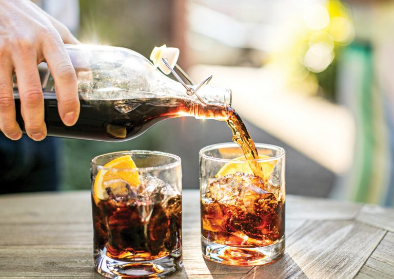 Recipes: How to throw an Italian aperitivo party with spritzy cocktails