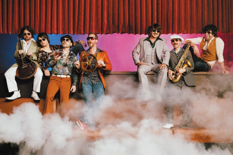 Confessions of a Cover Band: Yacht Rock Revue croons the hits you love to hate