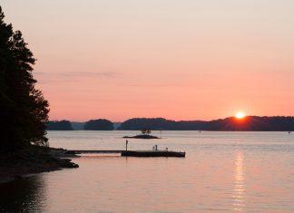 Lake Lanier at sunrise