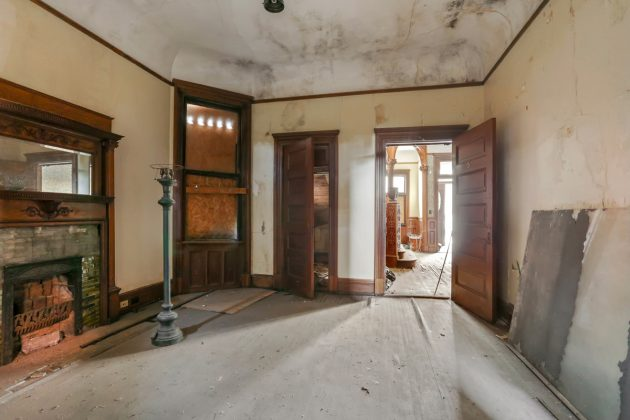 Rufus Rose House for sale curious history