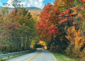 Scenic drives in North Georgia Mountains